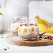 Ontbijtpudding met banaan en kokos