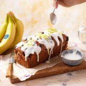 Chiquita-bananenbrood met bosbessen en citroenglazuur