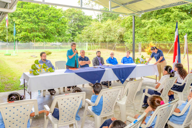 Chiquita schenkt land voor het bouwen van scholen aan het ministerie van onderwijs van Costa Rica - 5