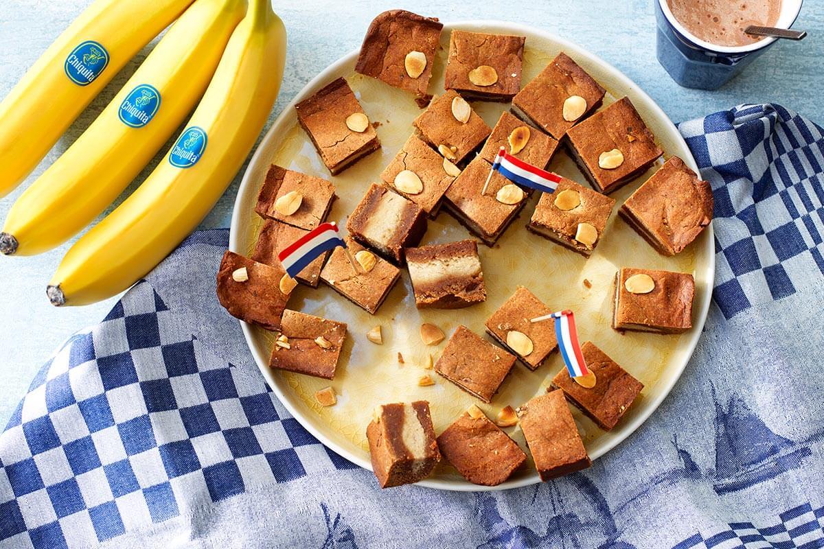 Met Chiquita banaan en amandelpasta gevuld speculaas met amandelen