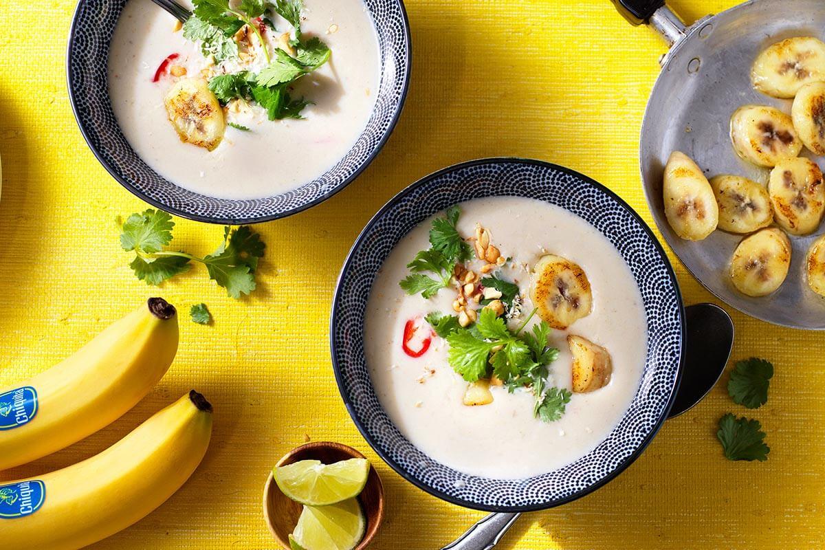 Gezonde Thaise curry-kokosoep met Chiquita bananen