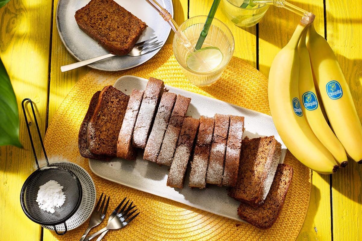 Veganistisch pindakaas- en Chiquita-bananenbrood