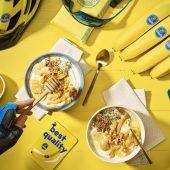 Kom met Griekse yoghurt-, banaan- en pindakaas voor na het sporten van Chiquita