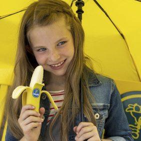 Chiquita Schildert de Wereld met een Gele Kwast in de Nieuwste campagne